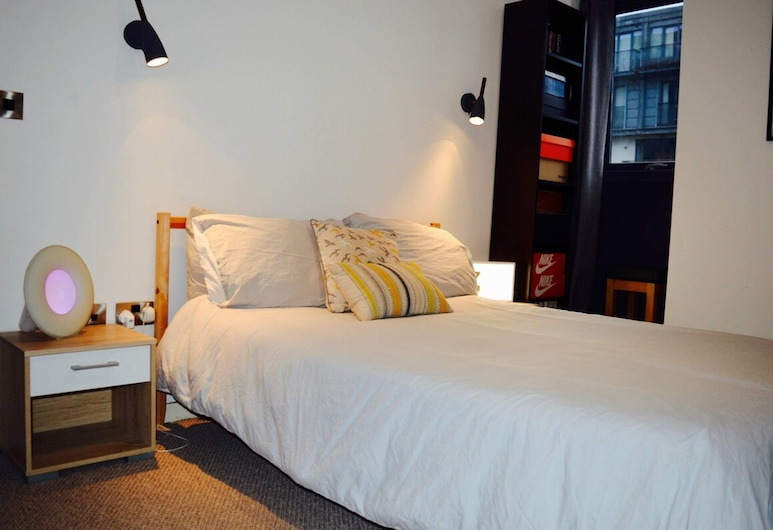 Spacious Homely Flat Next to Cool Ancoats Area, Manchester