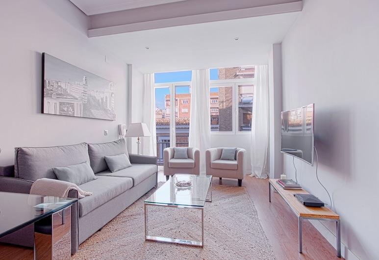 Cozy & Bright 1 Bd Apartm one Step Away Form Retiro Park. Retiro III, Madrid