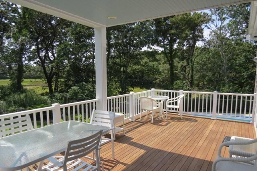 Ev, Birden Çok Yatak, Kişiye Özel Havuzlu, Havuz Manzaralı - Balkon