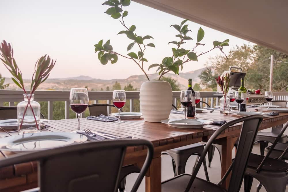 Ház, több ágy (Vino Blanco  - Wine Country Home w Mt) - Erkély