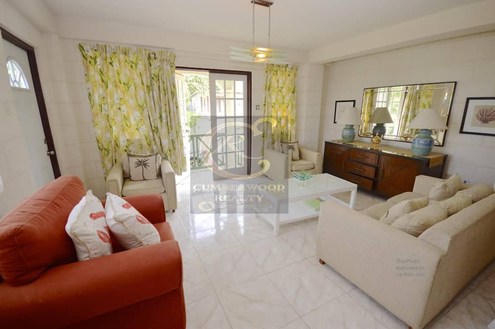 Two Bedroom Apartment on the West Coast of Barbados , Close to Beach Restaurants
