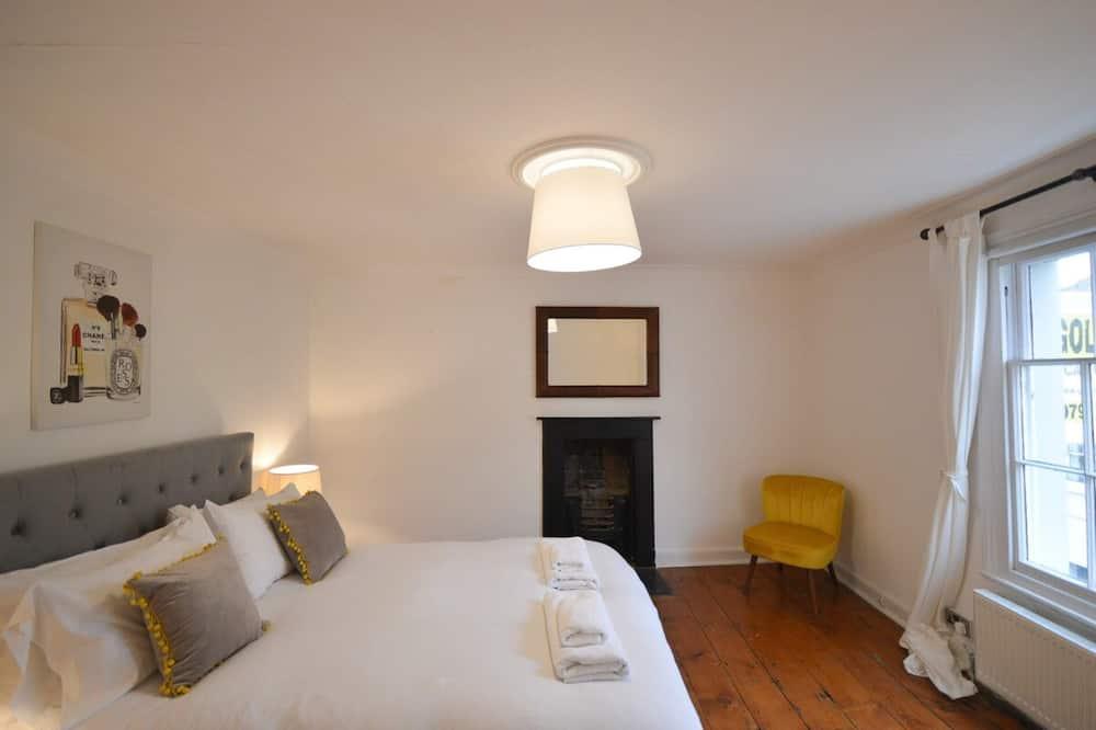 Ferienhaus (4 Bedrooms) - Zimmer