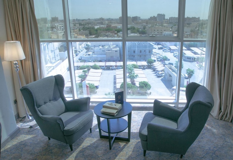 Hayat Alriyadh Hotel, Riyadh, Deluxe Single Room, Living Area