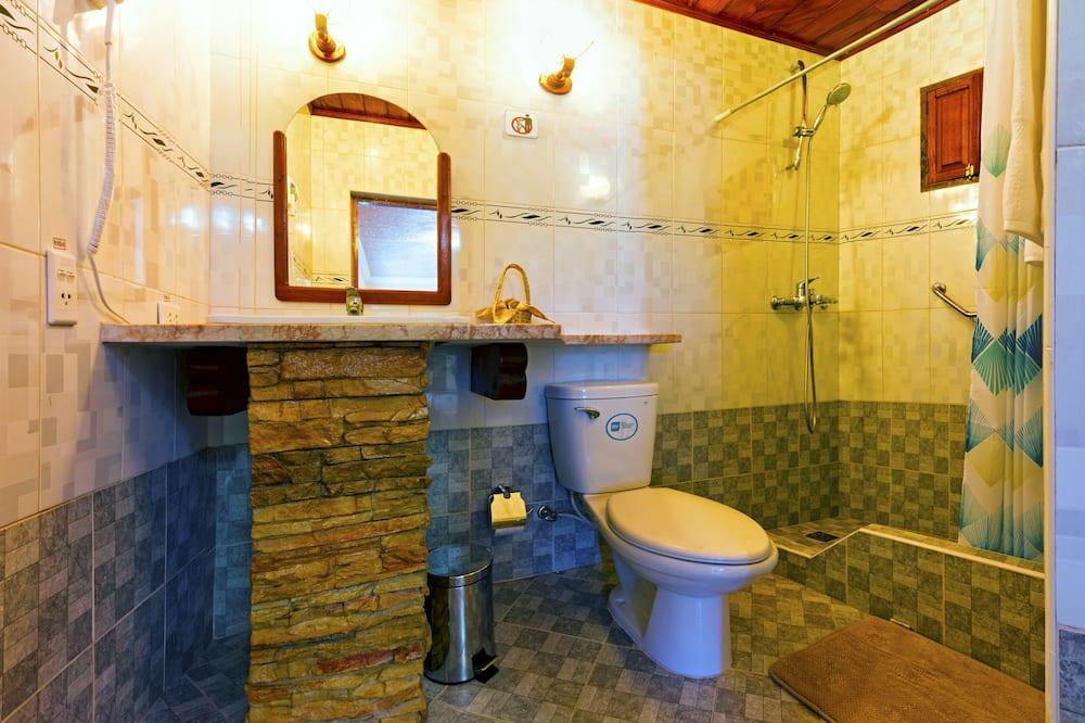 Familienhaus, 2Schlafzimmer - Badezimmer