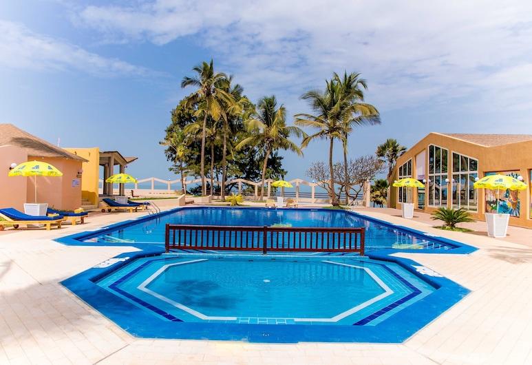 Tropic Garden Hotel, Bakau