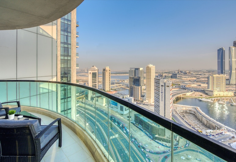 Staycae Upper Crest, Dubai