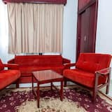 Family Suite, 2 Bedrooms (EG & Resident Only) - Living Area