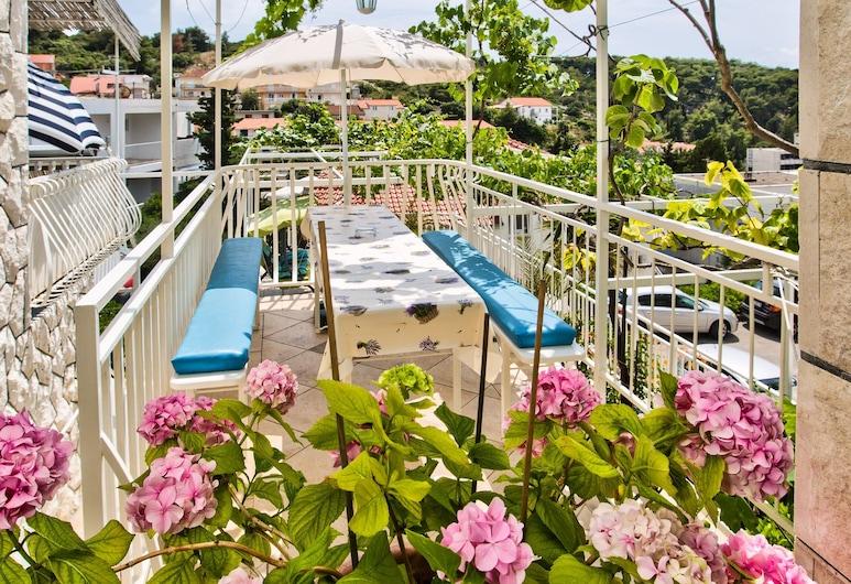 Apartments Balic, Hvar, Comfort appartement, 2 slaapkamers, Uitzicht op de binnenplaats (3), Uitzicht op tuin