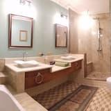 Элитный номер, 1 двуспальная кровать «Квин-сайз» - Ванная комната