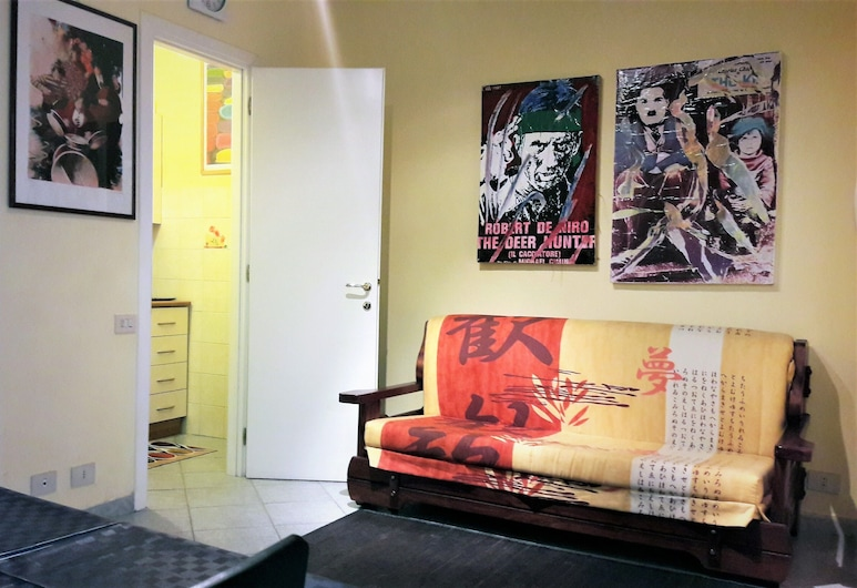 Zaira Flat in Gregorio VII - 1 bedroom Studio flat, Rome