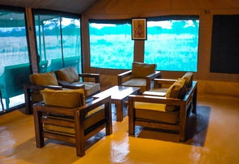 Osinon Camps & Lodges - All Inclusive, Serengeti National Park, Lobby Sitting Area