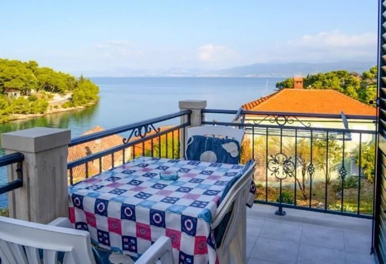 Apartment With 2 Bedrooms in Postira, With Wonderful sea View, Furnished Terrace and Wifi - 60 m From the Beach, Supetar, Balkon