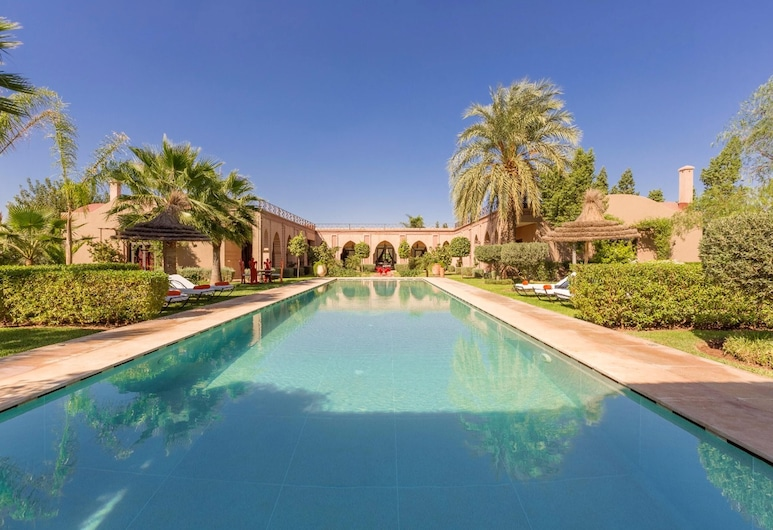 Villa With 7 Bedrooms in Marrakech, With Private Pool, Enclosed Garden and Wifi, Tameslouht