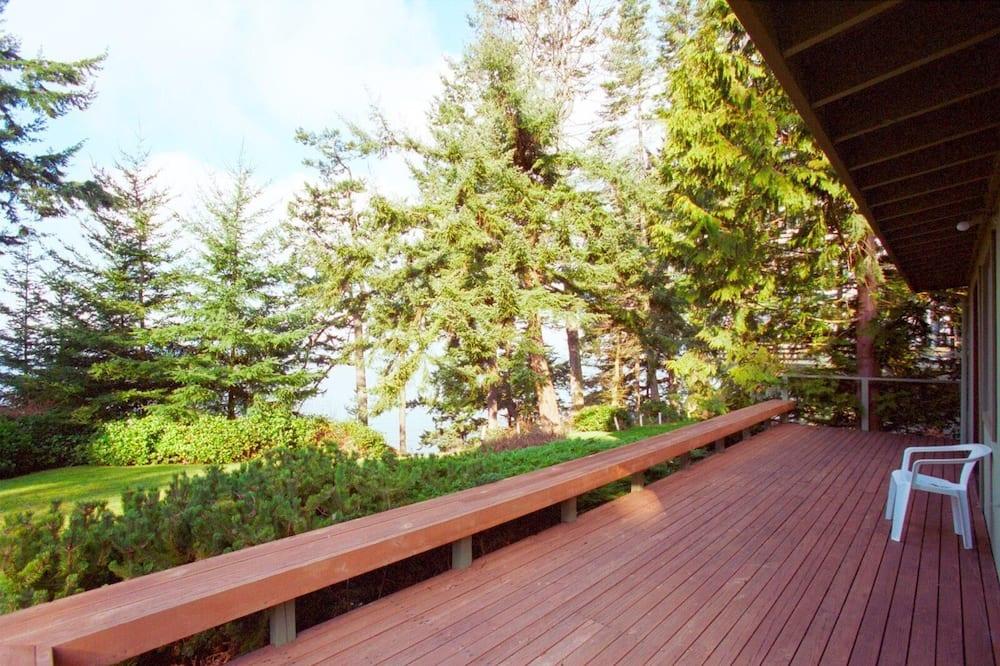 Cabin, Berbilang Katil (122 - Mutiny Bay Waterfront Cabin) - Balkoni