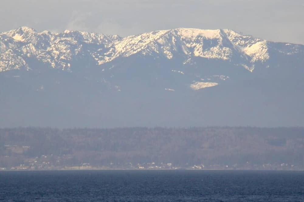 Cabin, Berbilang Katil (122 - Mutiny Bay Waterfront Cabin) - Pantai