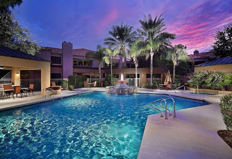 Shea Condo, Scottsdale, Pool