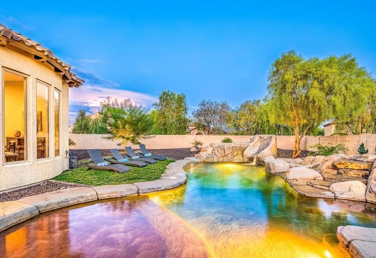 Desert Hills Estate, فيونكس, حمام سباحة