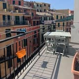 Vernazza Rooms & Apartments