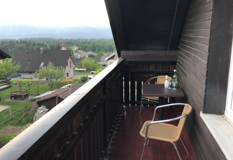 Apartments Rikli Rodine near Bled, Žirovnica, Apartment, Garden View, Balcony