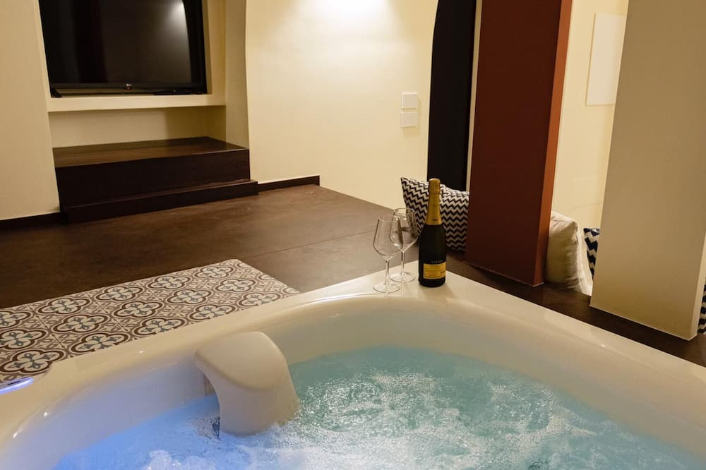 Luxury-Suite, Whirlpool - Privater Whirlpool