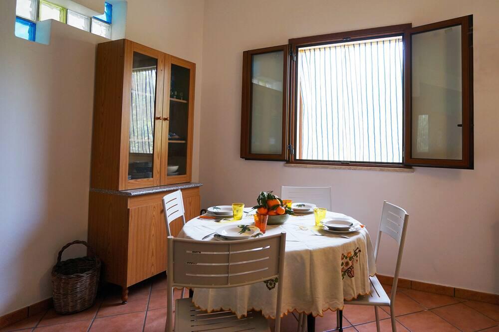 Apartment, 2 Bedrooms (La Siepe) - In-Room Dining