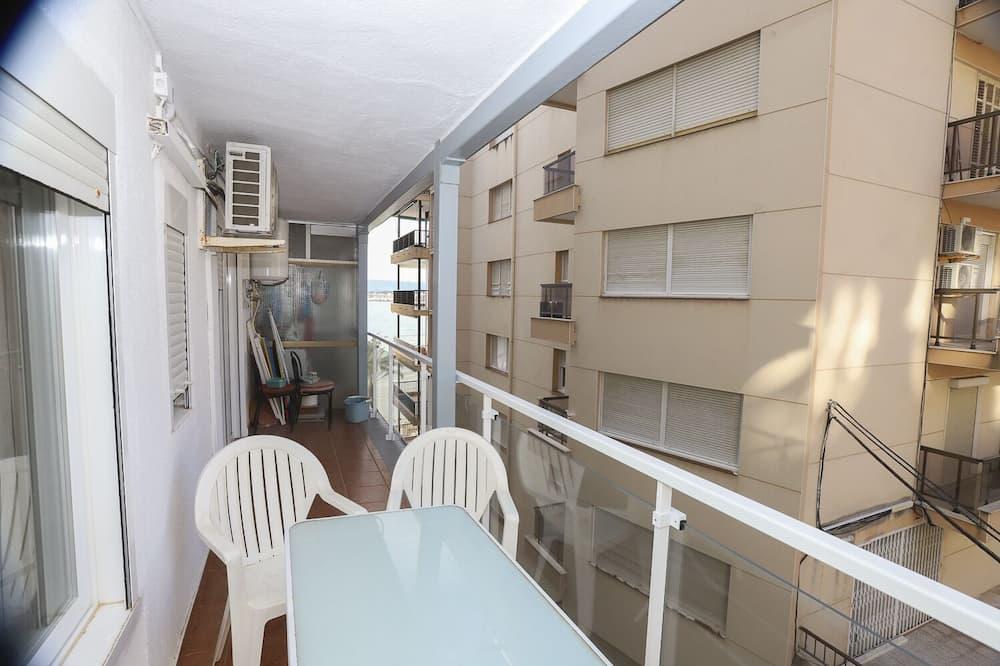 Lejlighed - 2 soveværelser - Altan