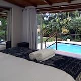 Comfort Studio Suite, Non Smoking, Pool View - Guest Room View