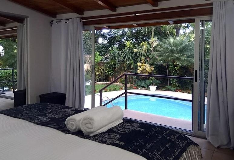 Casa Vista Del Rio, Escazu, Comfort Studio Suite, Non Smoking, Pool View, Guest Room View