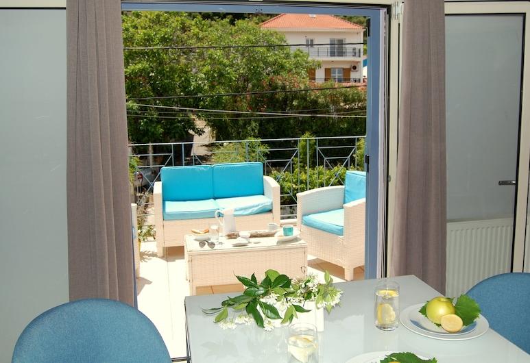 Alkyoni Studios & Apartments, Kefalonia, Luxury Apartment (4), Balcony