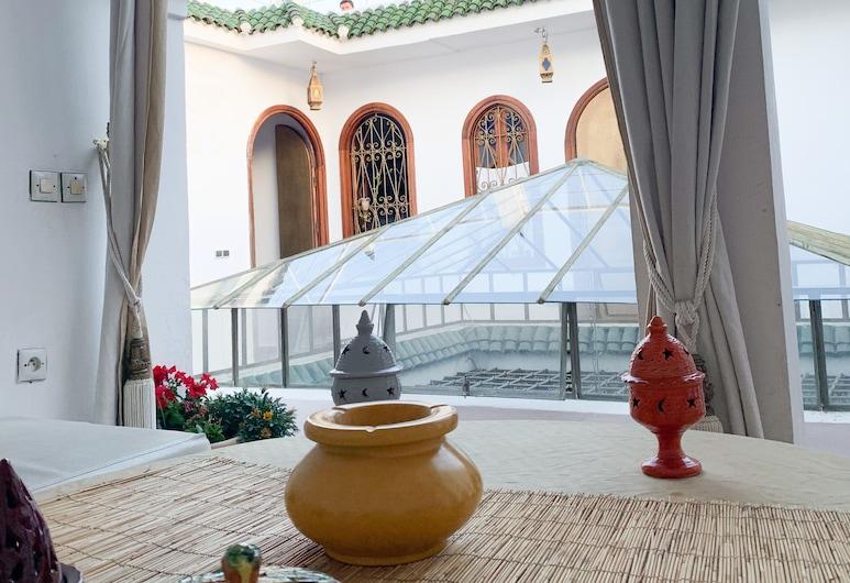 Riad tetuania, Tetuán, Sala de estar en el lobby