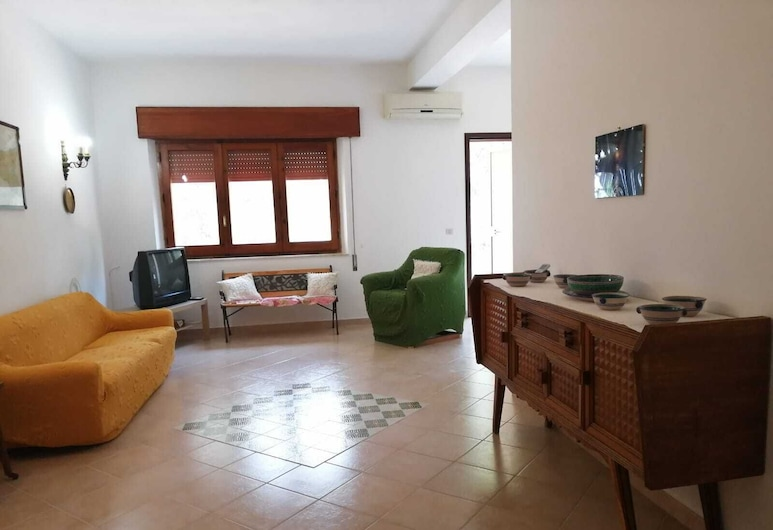 Villa Don Mario, San Vito Lo Capo, Villa, 3 Bedrooms, Living Area