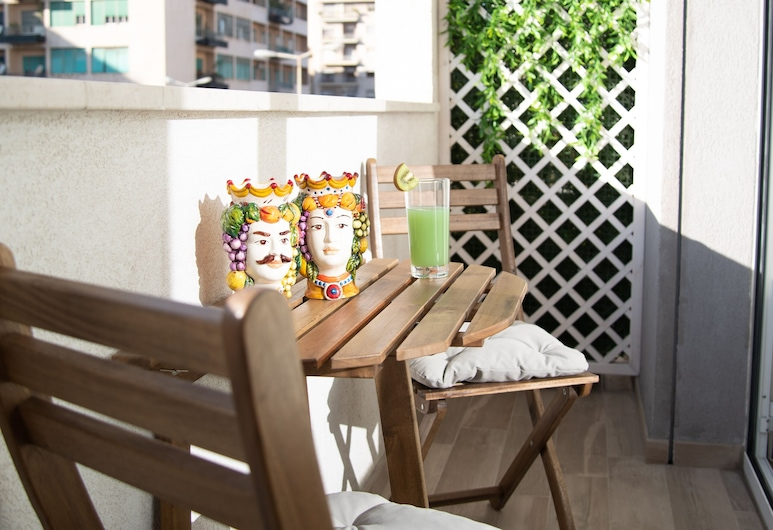 Porta Aragonese Luxury Rooms, Palermo, Izba typu Deluxe (Chocolate), Balkón