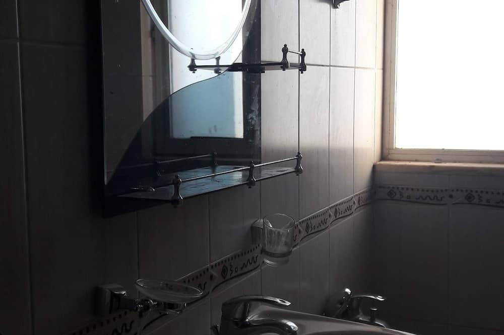 Family Villa - Bathroom