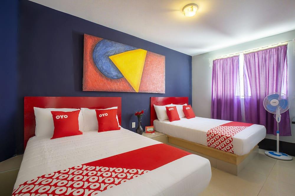 Standartinio tipo kambarys, 2 didelės dvigulės lovos - Svečių kambarys