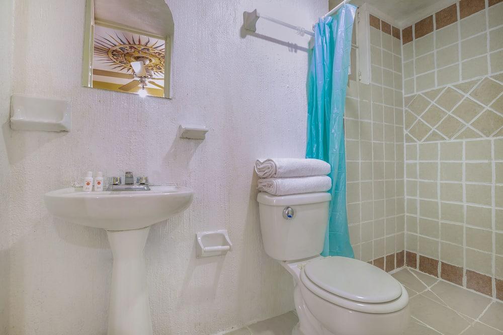 Standartinio tipo kambarys - Vonios kambarys