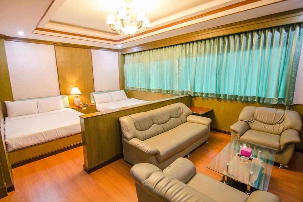Ištaigingo stiliaus dvivietis kambarys (2 viengulės lovos) - Svetainės zona