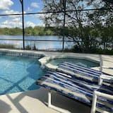 บ้านพัก (Lakeside Paradise, 2 FULL Master Suit) - สระว่ายน้ำ