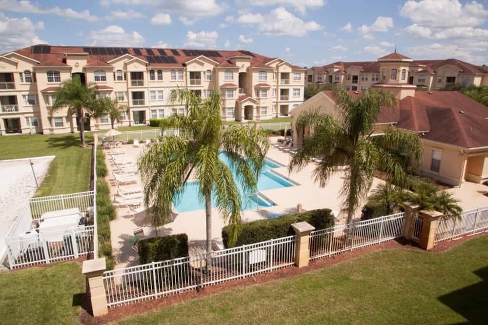 Condo (Pool Side Tree House) - Pool