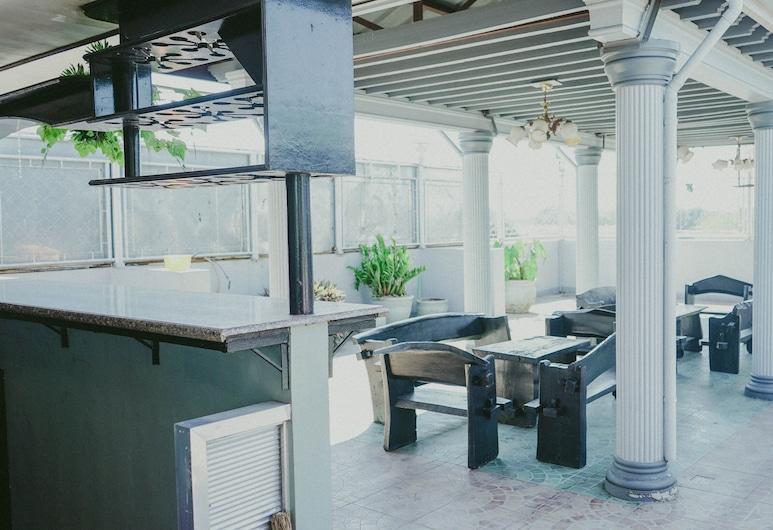 2428 Suites, 烏達內塔市, 陽台