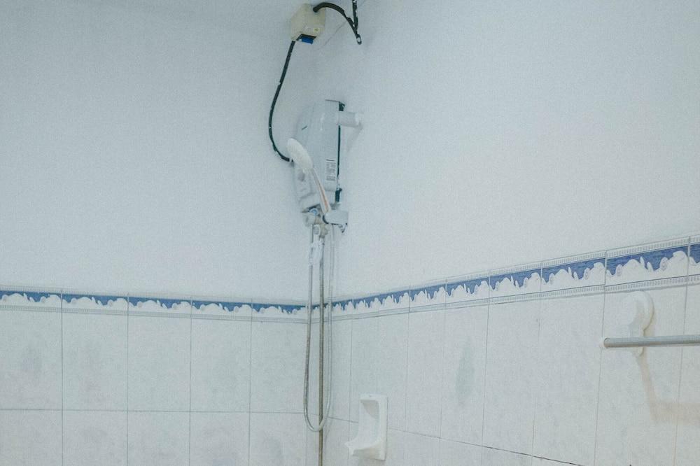 Apartament typu Suite (Double Twin) - Łazienka