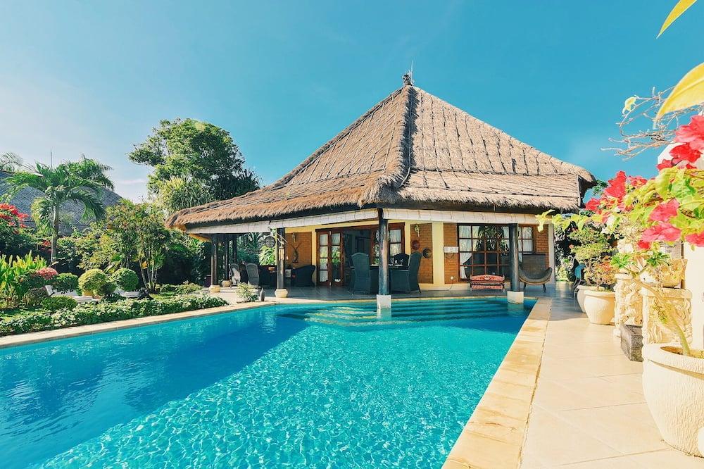 Paaugstināta komforta villa, divas guļamistabas, privāts baseins, skats uz pludmali - Galvenais attēls
