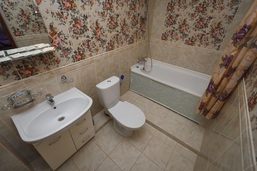 Luxus négyágyas szoba - Fürdőszoba
