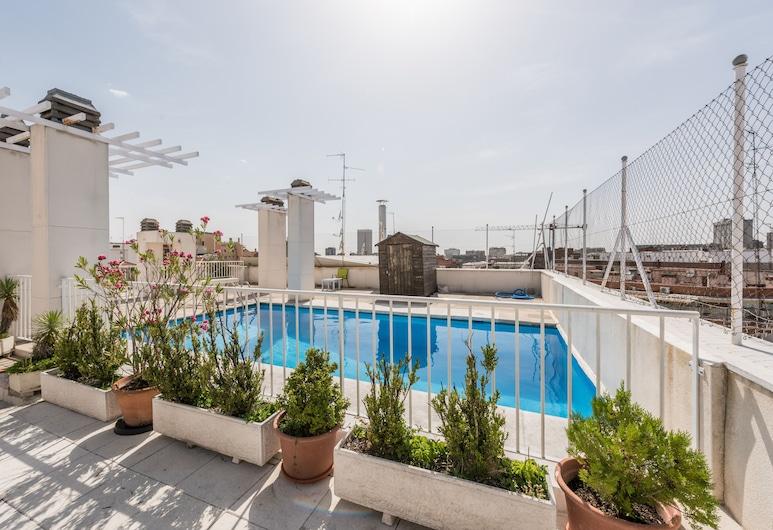 Apartamentos Day, Madryt, Basen odkryty