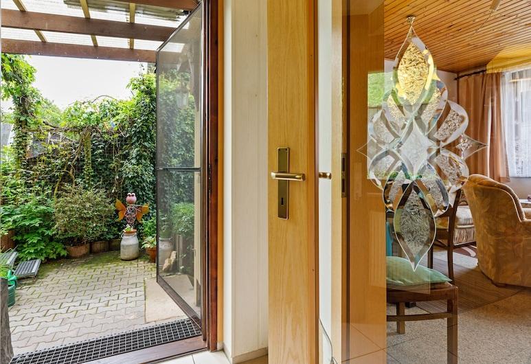 Winsome Holiday Home With Terrace,garden,bicycle Storage,bbq, زيلا ميليس, مكتب الاستقبال