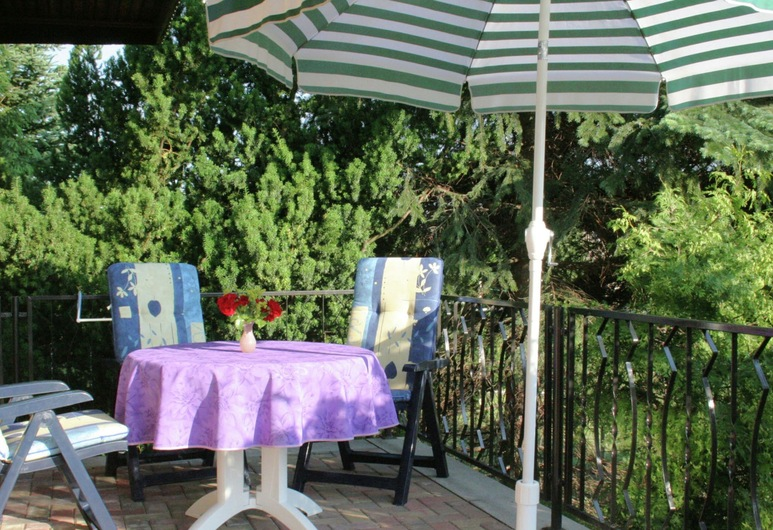 Small Holiday Home With Large Garden Near the Czech Border, Sebnitz, Ferienhaus, Balkon