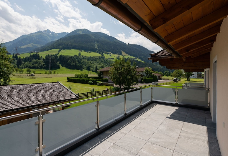 Luxurious Holiday Home in Mittersill With Terrace, Mittersill, Nhà, Ban công