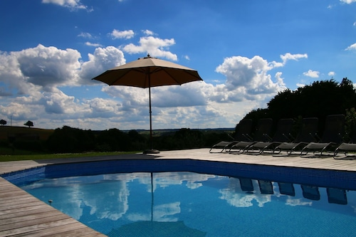 Nice House With Swimming Pool Pleasantly Renovated Em Houffalize Hoteis Com