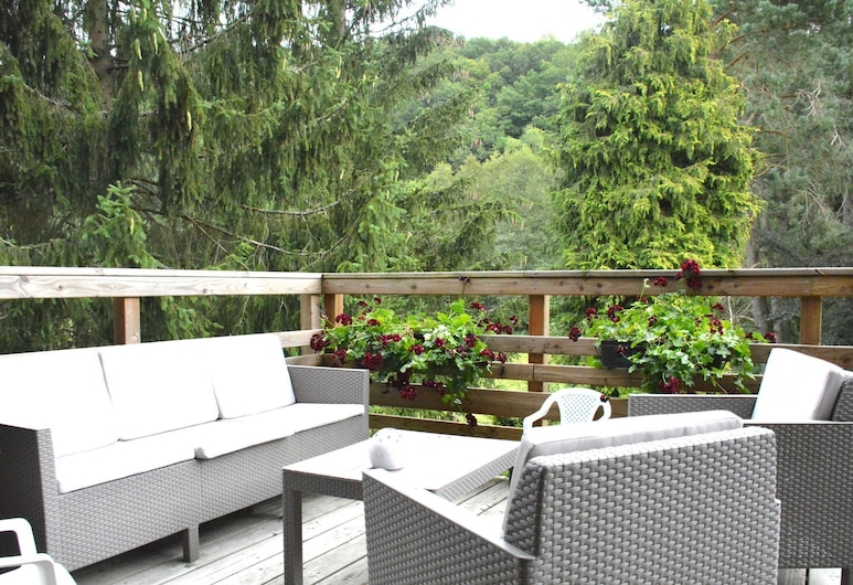 Chalet Renovated With Great Care, Large Garden,, Fauvillers, Balcony
