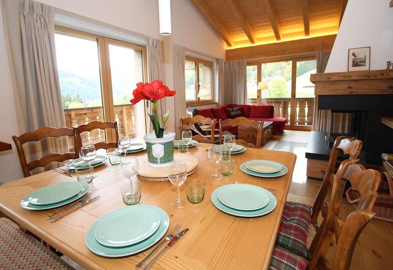 Luxurious Chalet in Hinterthal With Sauna, Maria Alm am Steinernen Meer