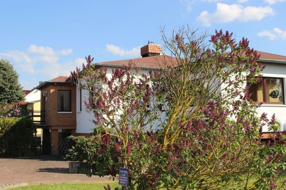 Modern Holiday Home in Rerik With Garden, Rerik